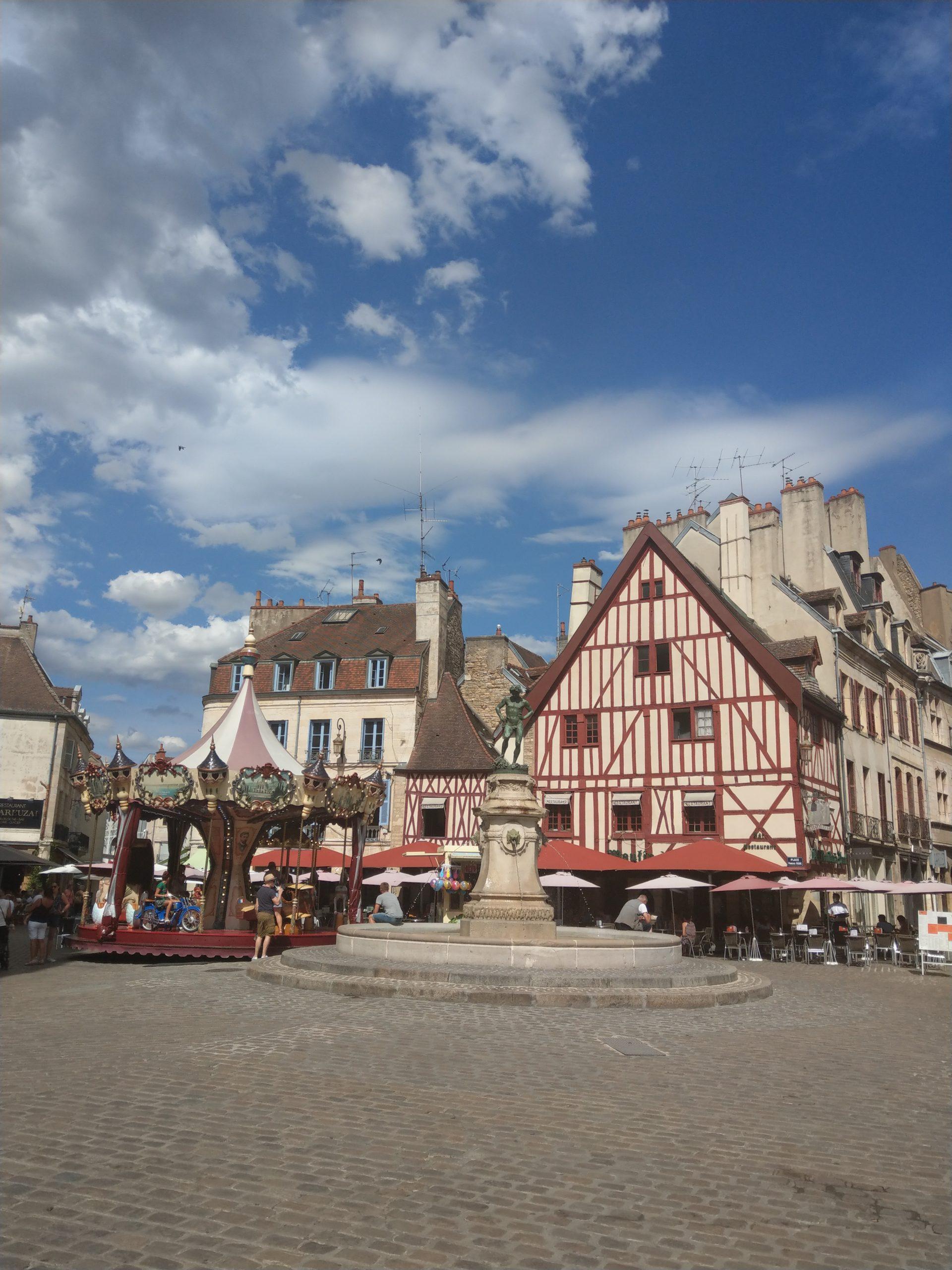 Place François Rude Dijon